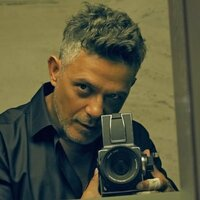 Avatar for the similar event headlining artist Alejandro Sanz