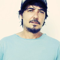 Image of Amon Tobin linking to their artist page due to link from them being at the top of the main table on this page