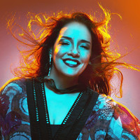 Avatar for the artist Ana Carolina