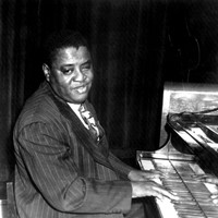 Image of Art Tatum linking to their artist page due to link from them being at the top of the main table on this page