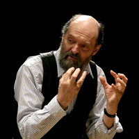 Image of Arvo Pärt linking to their artist page due to link from them being at the top of the main table on this page