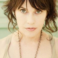 Avatar for the related artist Beth Thornley