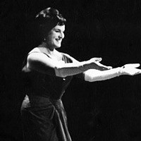Image of Birgit Nilsson linking to their artist page due to link from them being at the top of the main table on this page