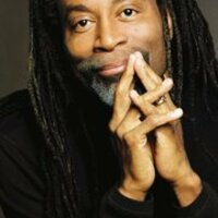 Image of Bobby McFerrin linking to their artist page due to link from them being at the top of the main table on this page
