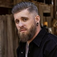 Image of Brantley Gilbert linking to their artist page due to link from them being at the top of the main table on this page