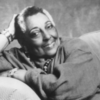 Image of Carmen McRae linking to their artist page due to link from them being at the top of the main table on this page