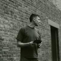 Avatar for the related artist Charlie Cunningham