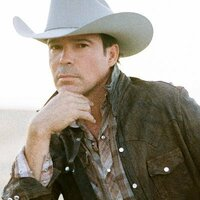 Image of Clay Walker linking to their artist page, present due to the event they are headlining being at the top of this page