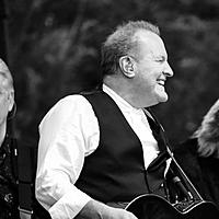 Avatar for the related artist Collin Raye