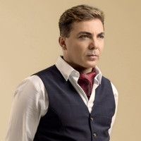 Avatar for the related artist Cristian Castro