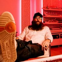 Avatar for the related artist Crowder