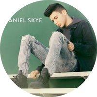Avatar for the related artist Daniel Skye