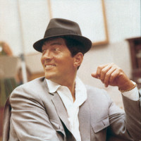 Image of Dean Martin linking to their artist page due to link from them being at the top of the main table on this page