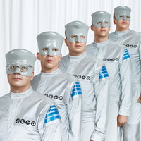 Image of Devo linking to their artist page due to link from them being at the top of the main table on this page