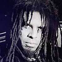 Image of Eric McFadden linking to their artist page due to link from them being at the top of the main table on this page