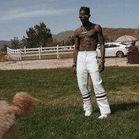Famousdex