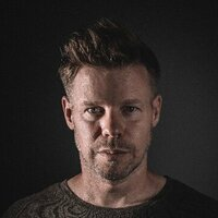 Image of Ferry Corsten linking to their artist page due to link from them being at the top of the main table on this page