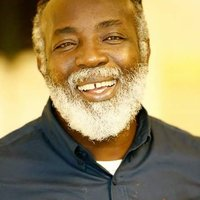 Image of Freddie McGregor linking to their artist page due to link from them being at the top of the main table on this page