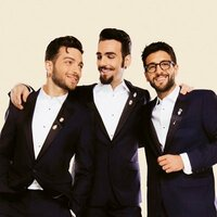 Image of Il Volo linking to their artist page due to link from them being at the top of the main table on this page