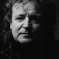 Image of Jack Bruce linking to their artist page due to link from them being at the top of the main table on this page