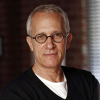 Image of James Newton Howard linking to their artist page due to link from them being at the top of the main table on this page