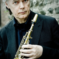 Image of Jan Garbarek linking to their artist page due to link from them being at the top of the main table on this page