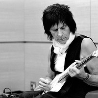Avatar for the related artist Jeff Beck