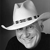 Image of Jerry Jeff Walker linking to their artist page due to link from them being at the top of the main table on this page