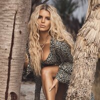 Avatar for the related artist Jessica Simpson
