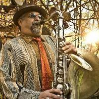 Image of Joe Lovano linking to their artist page due to link from them being at the top of the main table on this page