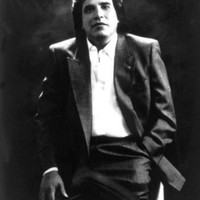 Image of José Feliciano linking to their artist page due to link from them being at the top of the main table on this page