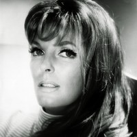 Avatar for the related artist Julie London