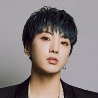 Image of Kang Seung Yoon linking to their artist page due to link from them being at the top of the main table on this page