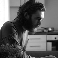 Image of Keaton Henson linking to their artist page due to link from them being at the top of the main table on this page