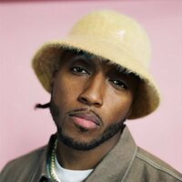Image of Lecrae linking to their artist page due to link from them being at the top of the main table on this page