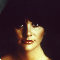 Image of Linda Ronstadt linking to their artist page due to link from them being at the top of the main table on this page