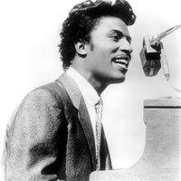 Image of Little Richard linking to their artist page due to link from them being at the top of the main table on this page