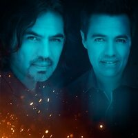 Image of Los Temerarios linking to their artist page due to link from them being at the top of the main table on this page