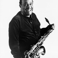 Image of Lou Donaldson linking to their artist page due to link from them being at the top of the main table on this page