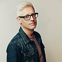 Image of Matt Maher linking to their artist page due to link from them being at the top of the main table on this page