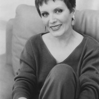 Avatar for the related artist Maureen McGovern