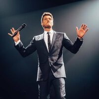 Avatar for the related artist Michael Buble