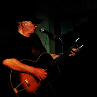 Avatar for the related artist Michael Chapman