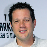 Image of Michael Giacchino linking to their artist page due to link from them being at the top of the main table on this page