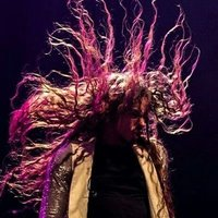 Image of Michał Szpak linking to their artist page due to link from them being at the top of the main table on this page
