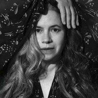 Avatar for the related artist Natalie Merchant