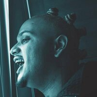 Image of Nessly linking to their artist page due to link from them being at the top of the main table on this page