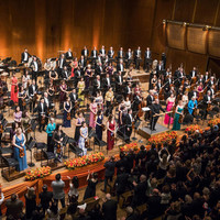 Image of New York Philharmonic linking to their artist page due to link from them being at the top of the main table on this page