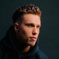 Image of Nicky Romero linking to their artist page due to link from them being at the top of the main table on this page
