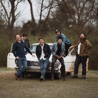 Avatar for the related artist Old Crow Medicine Show